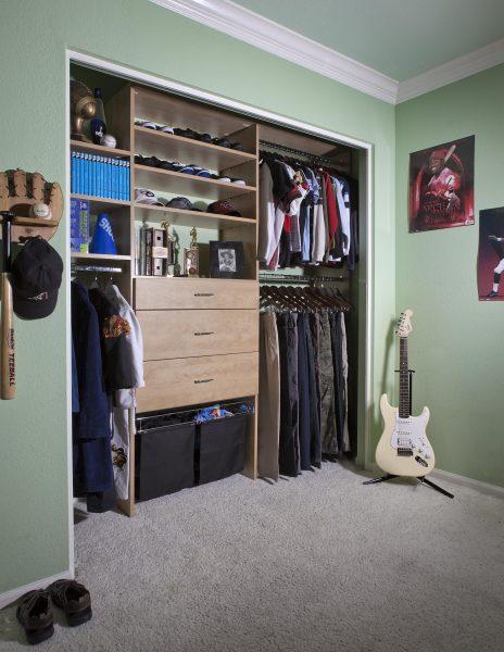 Reach in teens' closets