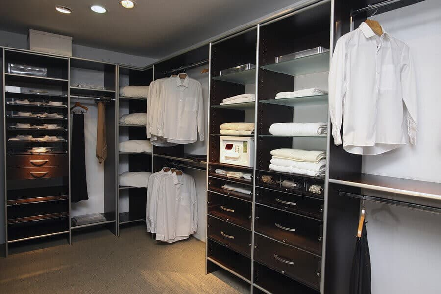 Custom Closets with custom pricing