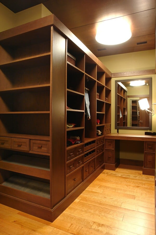 Great Falls Custom Walk-in Closet