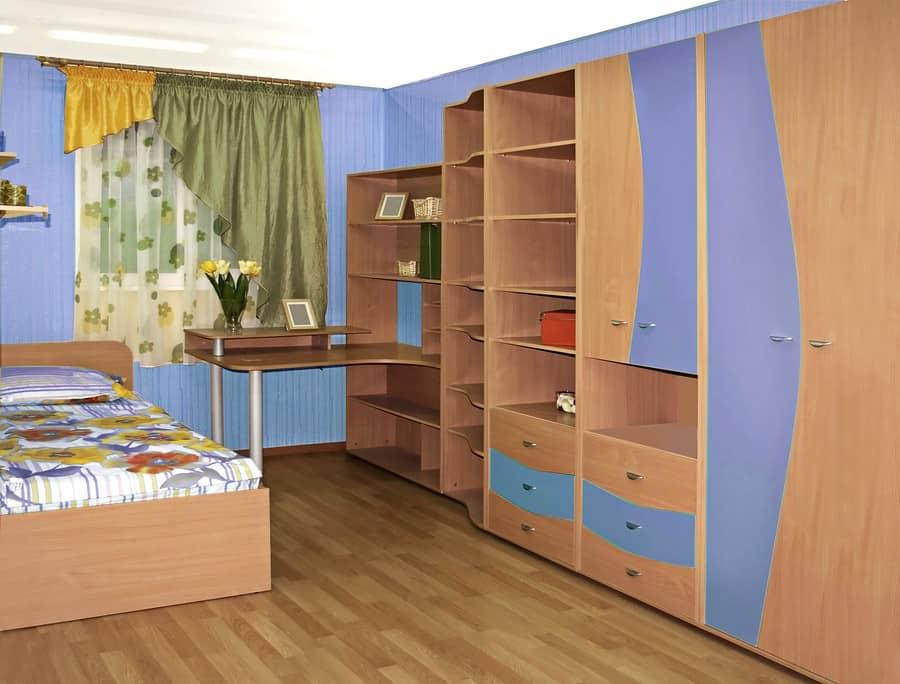 Kids' Closet design
