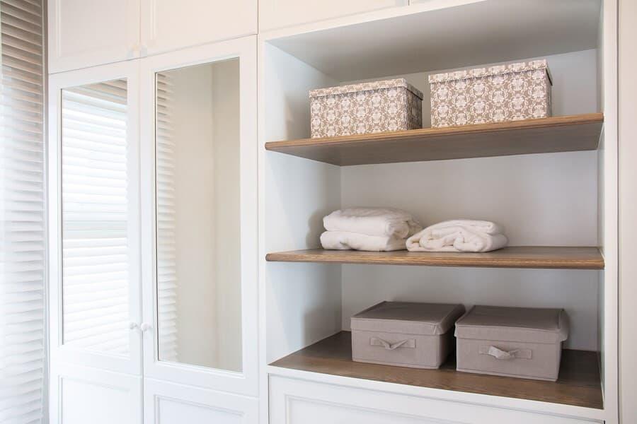 linen closet organization and design