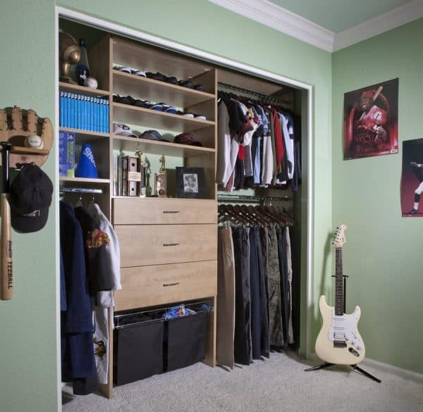 Reach-in closet for boys