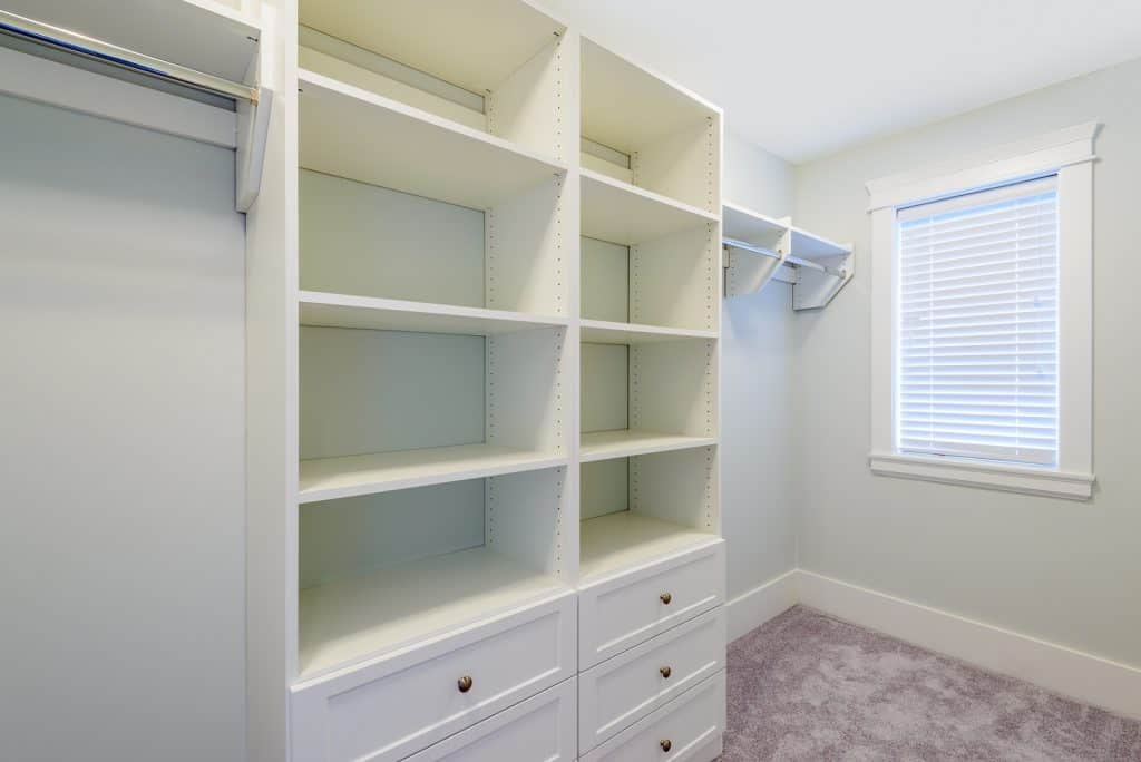 spare bedroom to walk-in closets