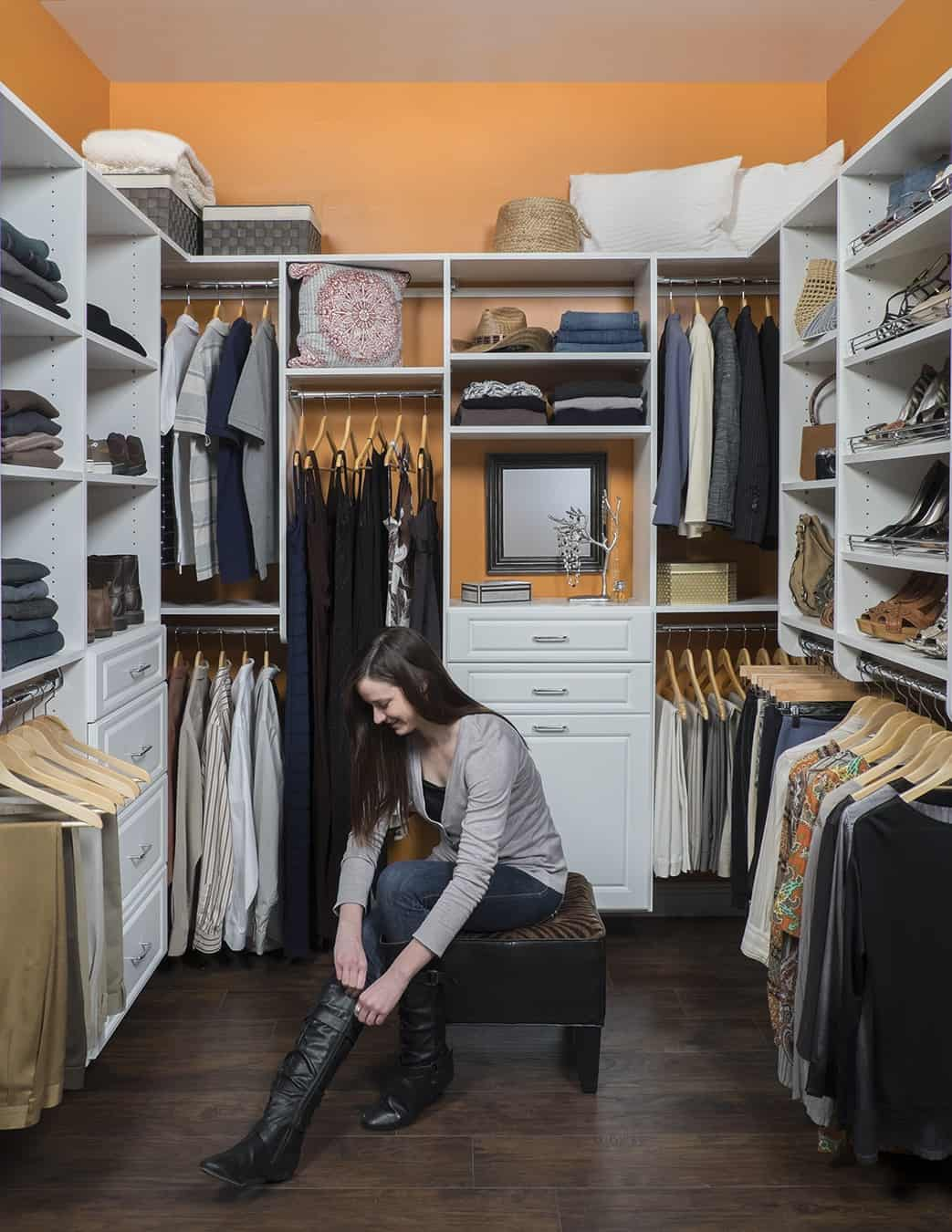 walk-in closet with seat