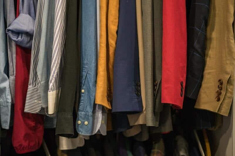 10 Secrets of Professional Closet Organization 2