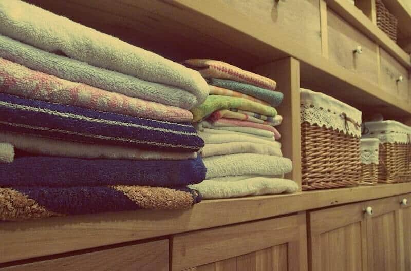 9 Bedroom Organization Ideas 3