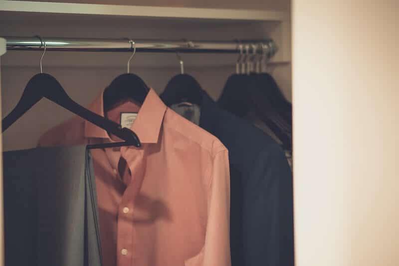 10 Secrets of Professional Closet Organization 1