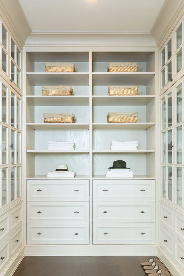 Tips for Organizing a Walk in Closet 3