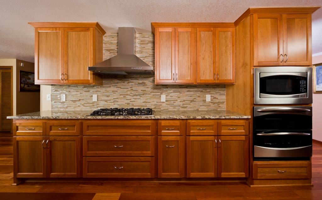 Upgrading Your Closet Shelving And Cabinetry 2