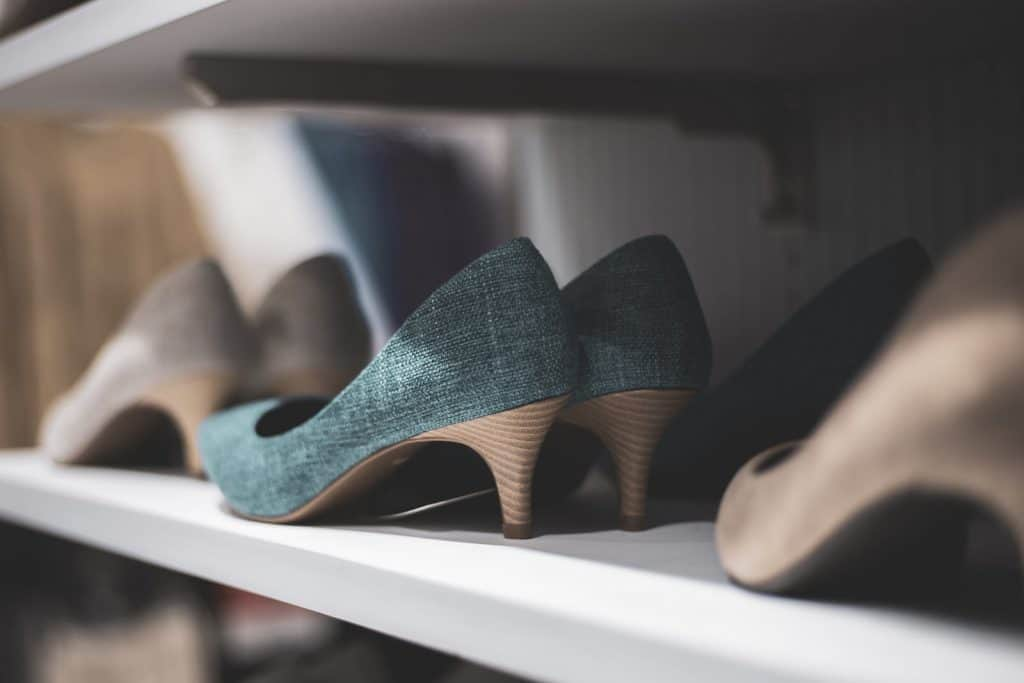 Upgrading Your Closet Shelving And Cabinetry 4